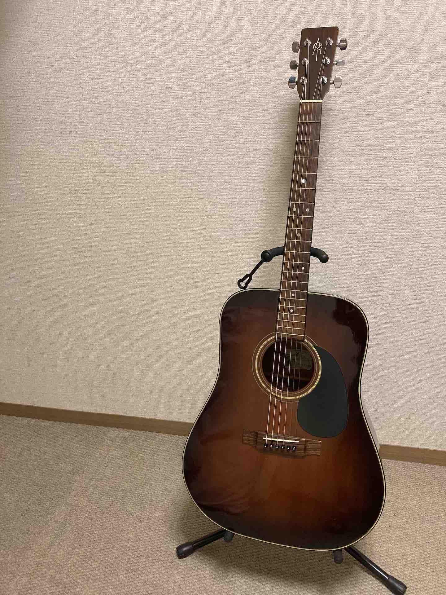 ヤイリギター